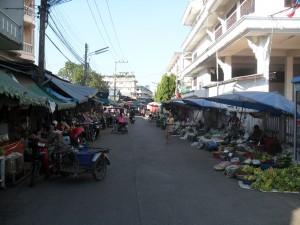Фруктовый рынок Мыанг Май в городе Чианг Май