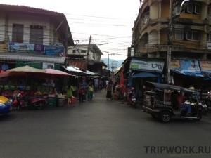 Фруктовый рынок Тала Сомпет в Чианг Мае
