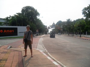 Walking to Pattaya-1-14