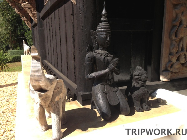 black temple in Chiangrai 28 Черный дом в Чианг Рай   кошмар наяву