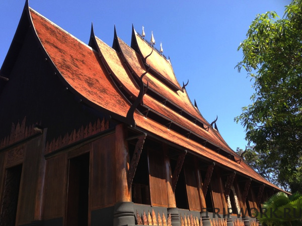 black temple in Chiangrai 39 Черный дом в Чианг Рай   кошмар наяву