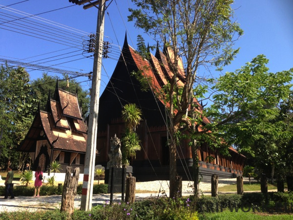 black temple in Chiangrai 42 Черный дом в Чианг Рай   кошмар наяву