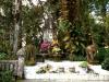thumbs burial of king lanna 5 Национальный парк Дойинтханон или путешествие к самой высокой точке Таиланда